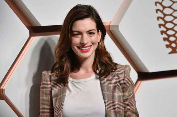 actress-anne-hathaway-1024x683-1